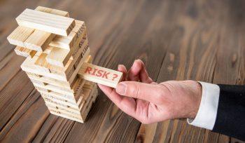 Risk dominos